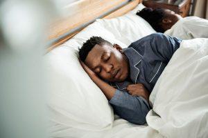 Condiciones subyacentes de la interrupción del sueño en la edad de COVID-19